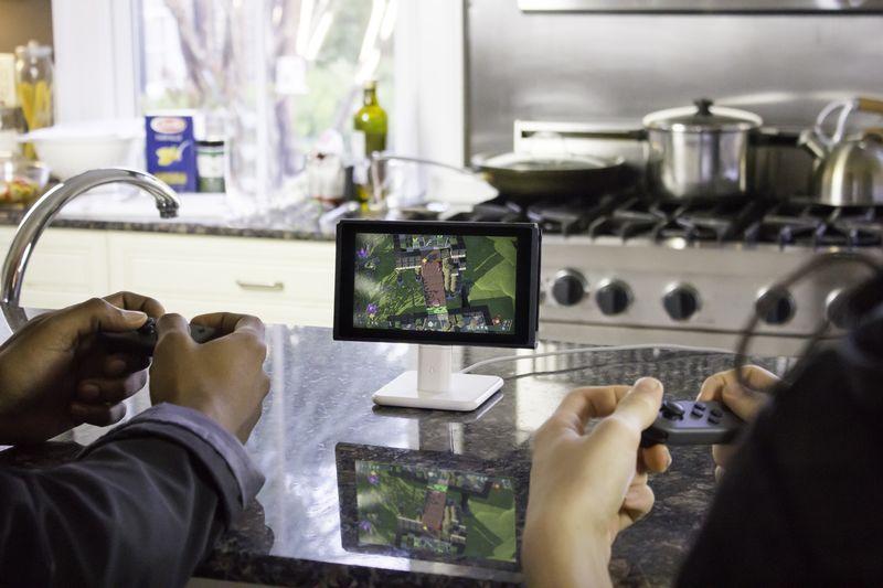 HiRise 2 best Nintendo Switch stand yet 600 02
