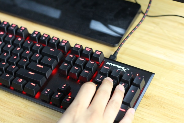 HyperX-FPS-Keyboard (4)