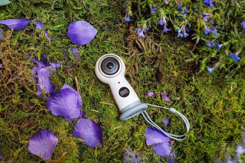 Samsung Gear 360 camera 600 02
