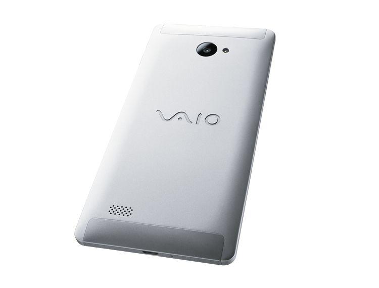 Sony VAIO phone 600 02