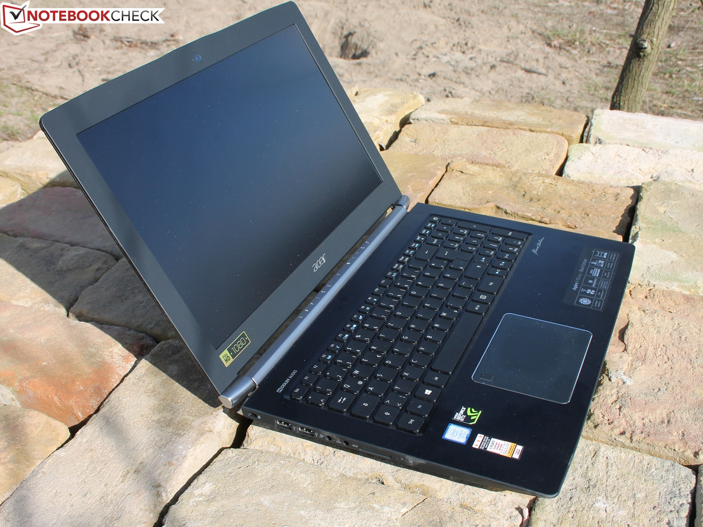 review Acer Aspire V15 Nitro BE VN7-593G 600 04