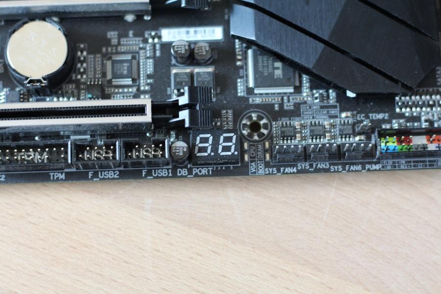 GIGABYTE AX370-Gaming 5 (30)