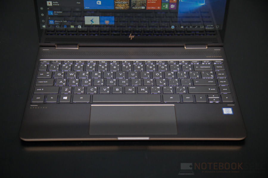 HP Spectre x360 2017 Review-14