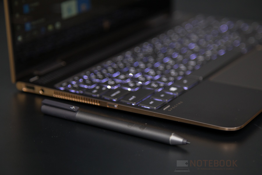 HP Spectre x360 2017 Review-30