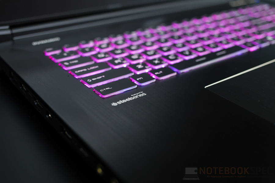 MSI GE72MVR 7RG APACHE PRO - 029XTH Review-13