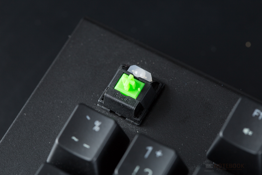 Razer Black Window x Chroma-8