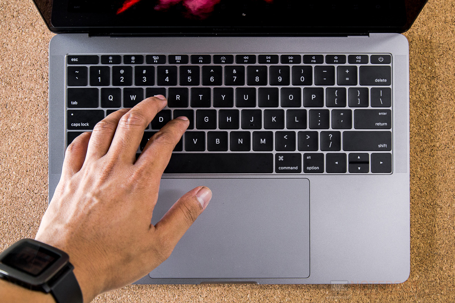 Review-Apple-MacBook-Pro-13-inch-Late-2016-NotebookSPEC-1