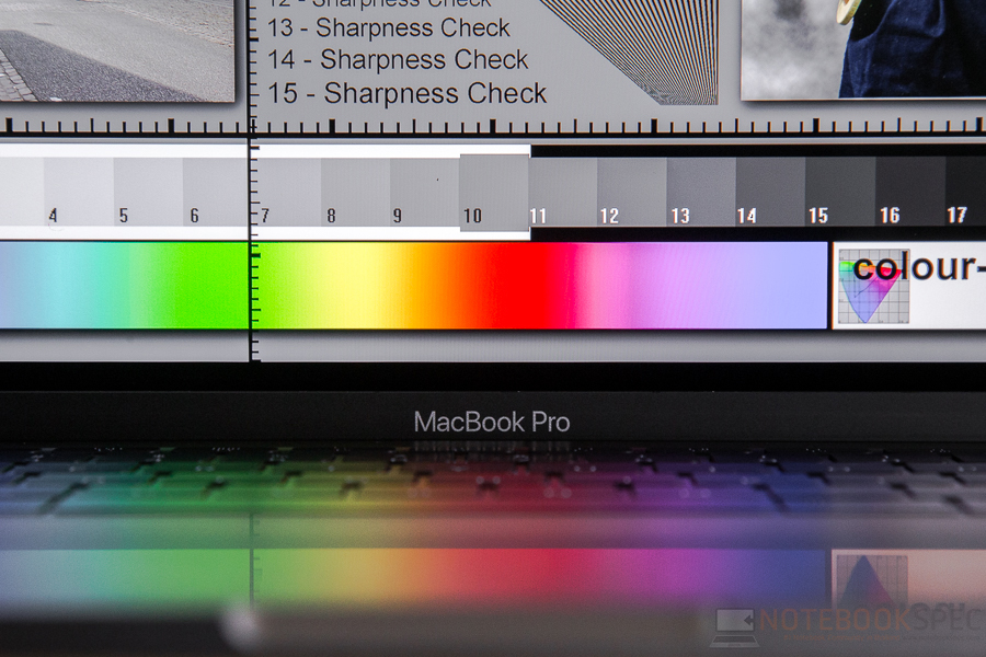 Review-Apple-MacBook-Pro-13-inch-Late-2016-NotebookSPEC-39