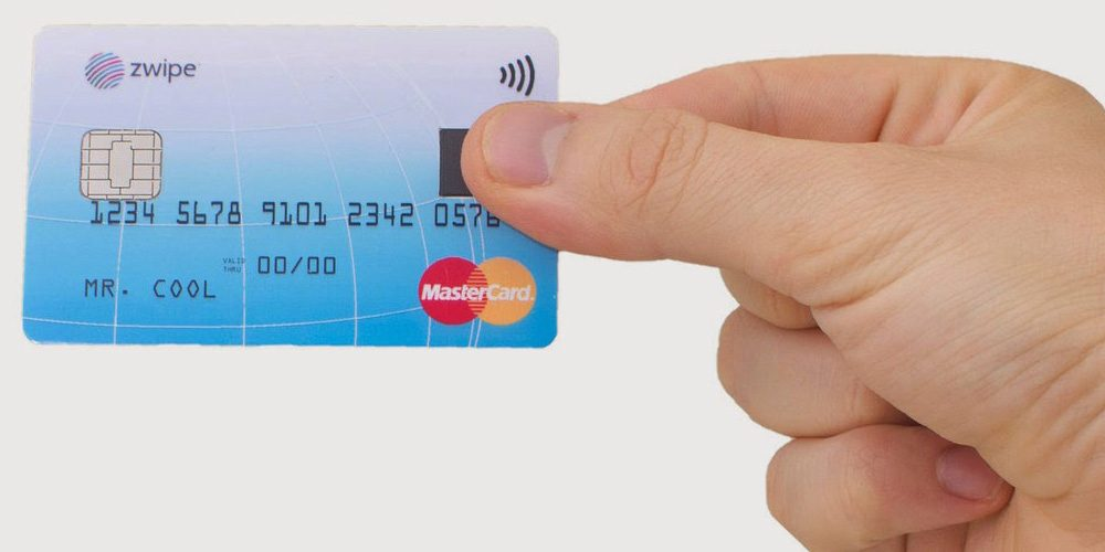 mastercard-payment-card-with-fingerprint-reader 600