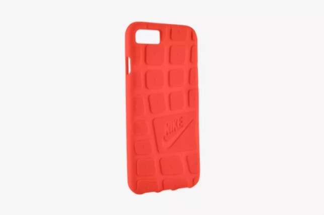 Nike iPhone 7 case 600 01