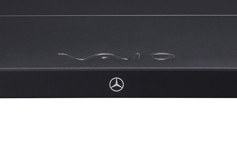 Vaio Z Mercedes-Benz special edition 600 04