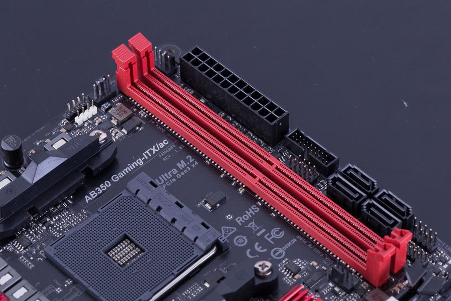 ASRock AB350 Gaming ITX AC 12