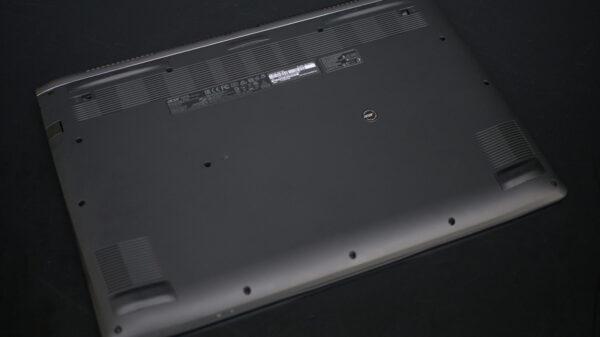 Acer Aspire VN7 793 1