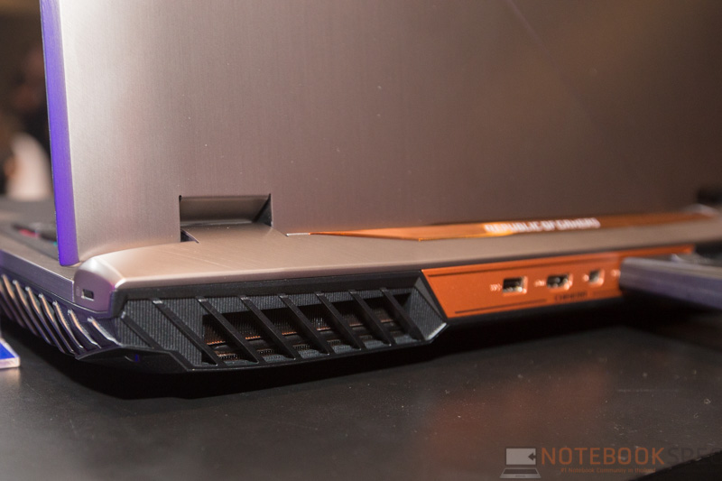 ASUS ROG G703 Chimera Preview 10