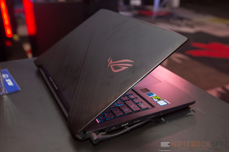 ASUS ROG Strix GL503 Preview 14