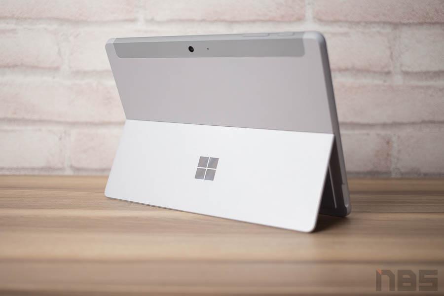 Microsoft Surface Go 14