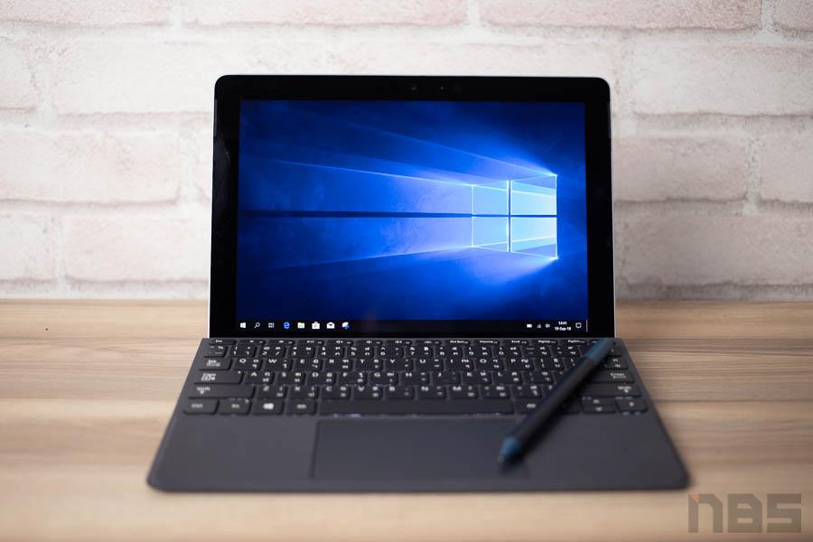 Microsoft Surface Go 18
