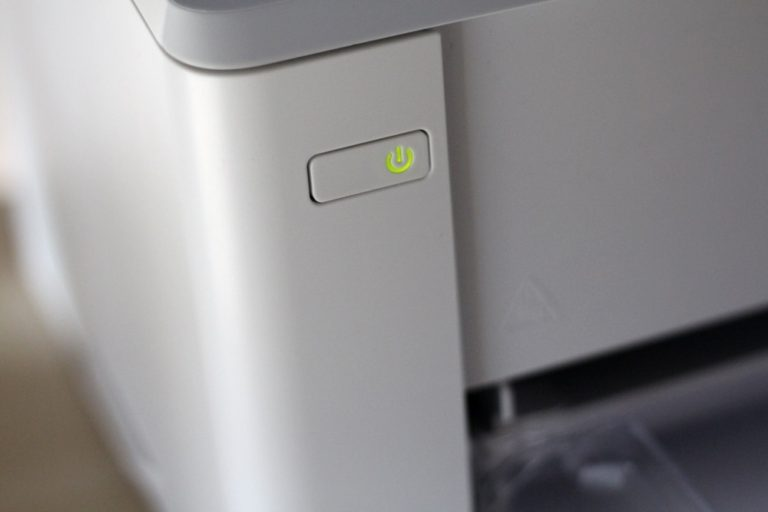 HP LaserJet Pro M102w 12
