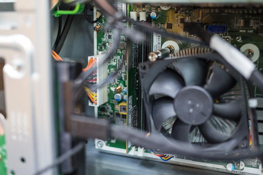 HP Pavilion AMD Desktop 24