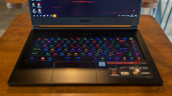 MSI GS65 8RE Review 3