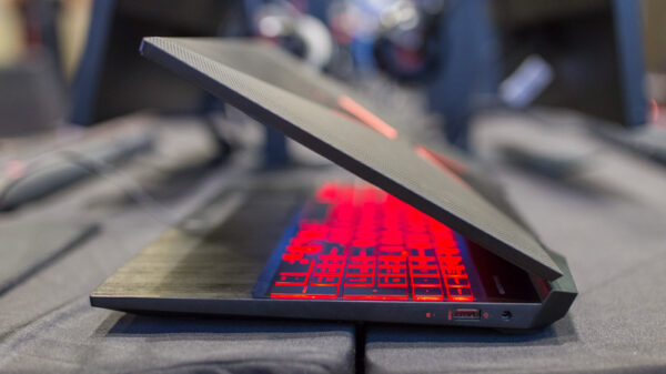 HP OMEN 15 Model 2018 Preview 15
