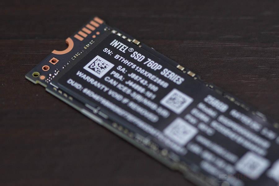 INTEL SSD NVME 256GB 9