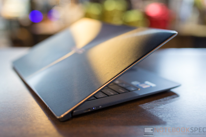 ASUS ZenBook UX391 Review 35