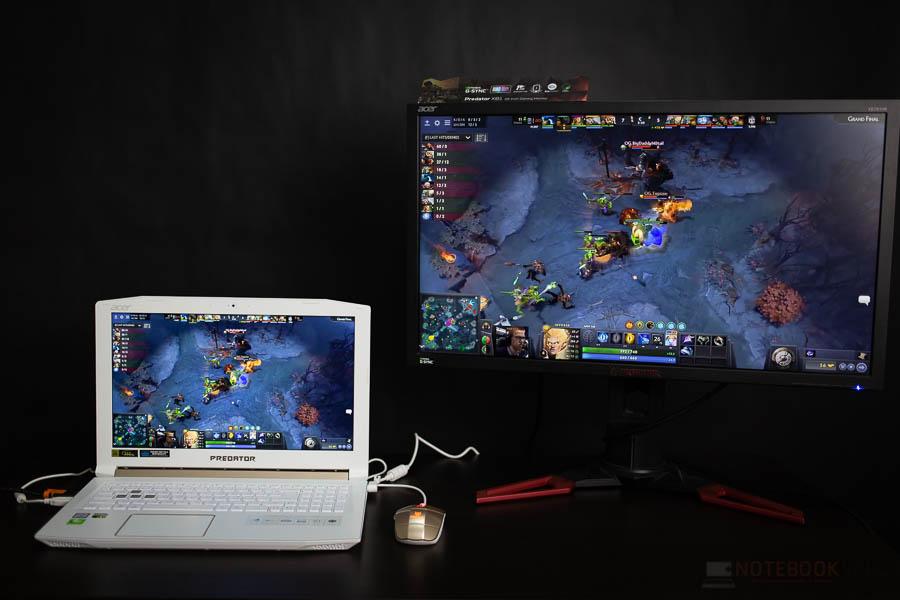 Acer Predator Helios 300 White Editon 32