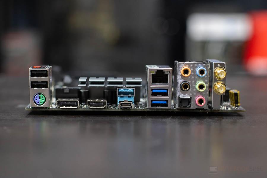 B450 Gaming ITX 4