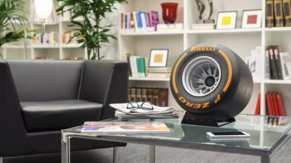 Pirelli made a tire shaped Bluetooth speaker 600 01