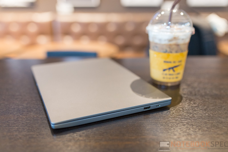 Xiaomi Mi Laptop Air 13.3 Review 1