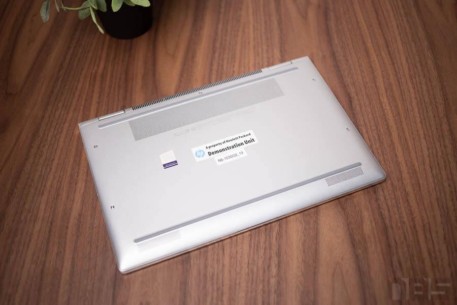 HP EliteBook 1030 1