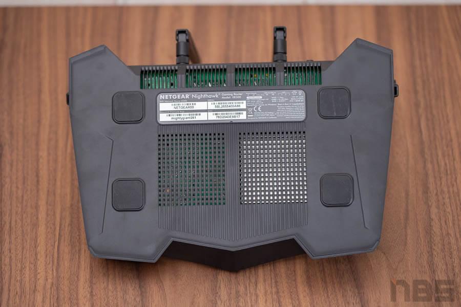 NightHawk Progaming XR 500 Gaming Rounter net Gear 11