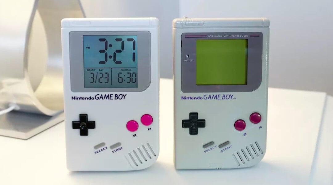 Nintendo Game Boy phone case patent.jpg.optimal