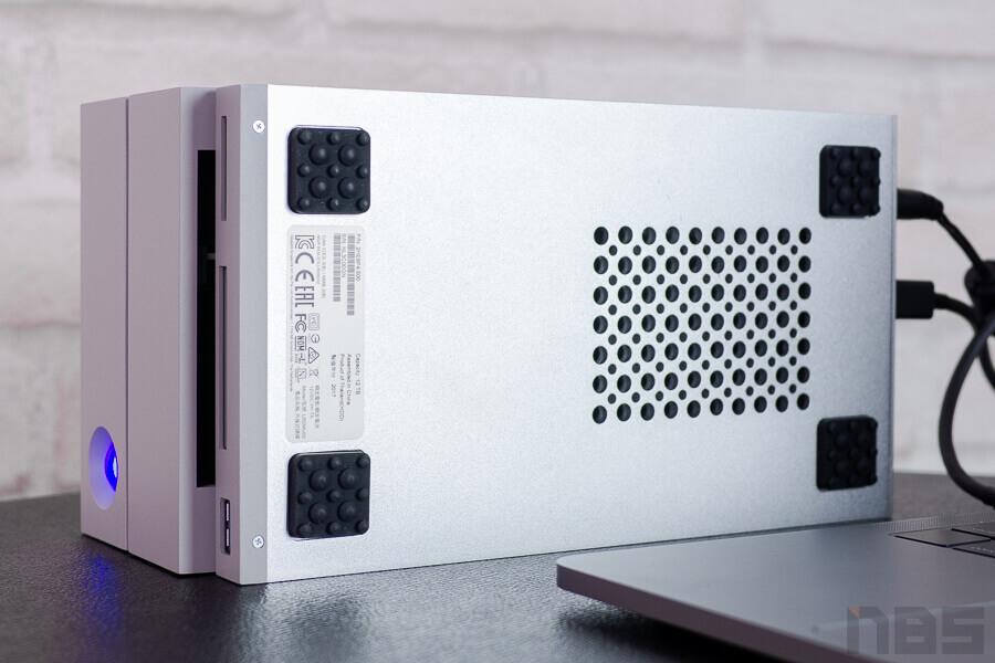 Review LaCie 20big Dock Thunderbolt3 NotebookSpec 20