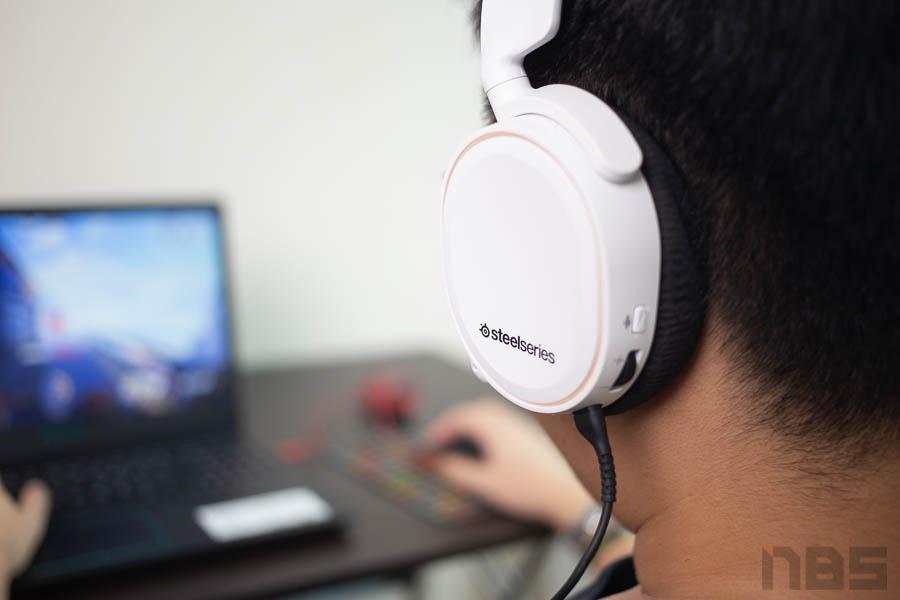 Steelseries Arctis Headset 38