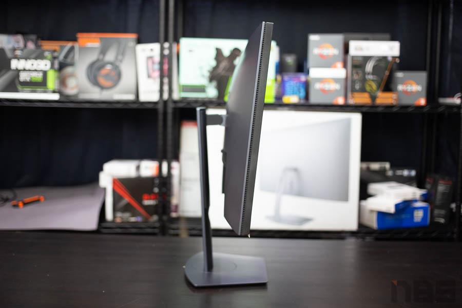 Dell 27 Gaming Monitor 13