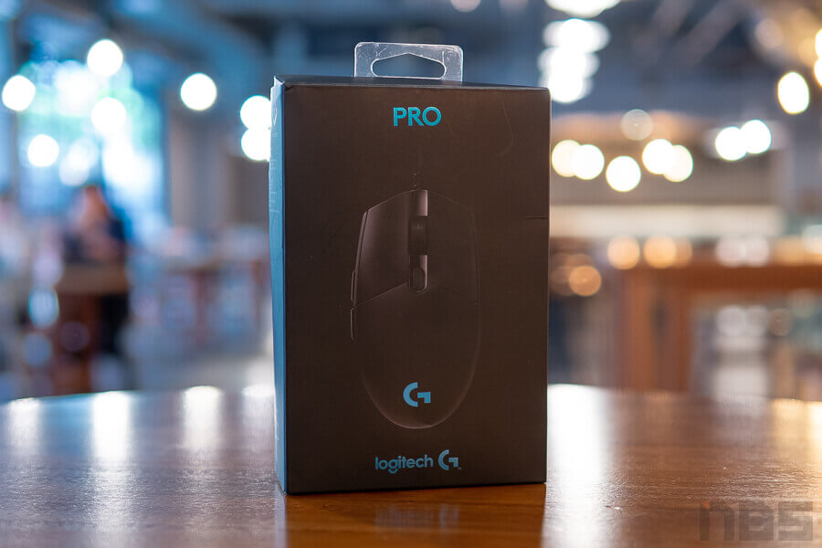 Review Logitech G Pro Gaming Mouse NotebookSPEC 2