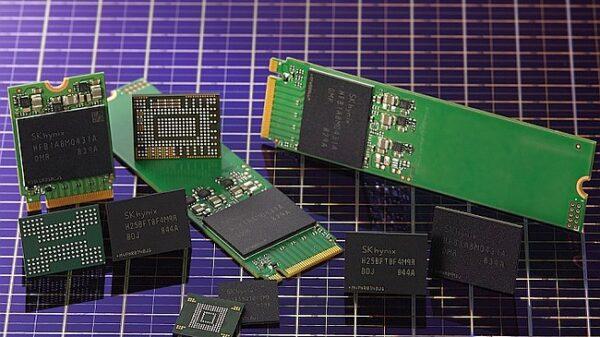 SK Hynix 96 layer 512 Gb 4D NAND flash memory chips