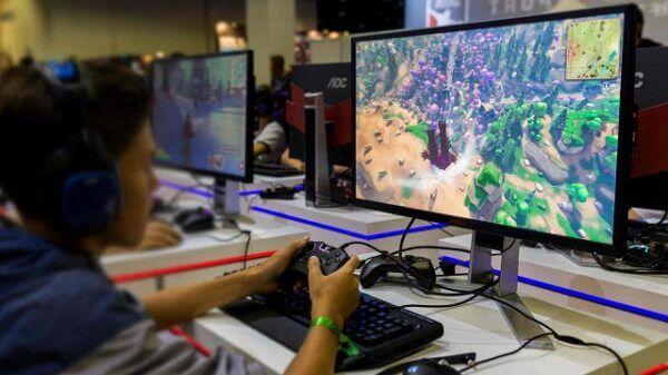 csm Global Shipments of Gaming Monitors AOC IFA 2018 f469a042fc