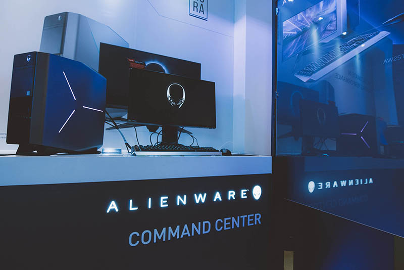 13 Alienware Experience Store