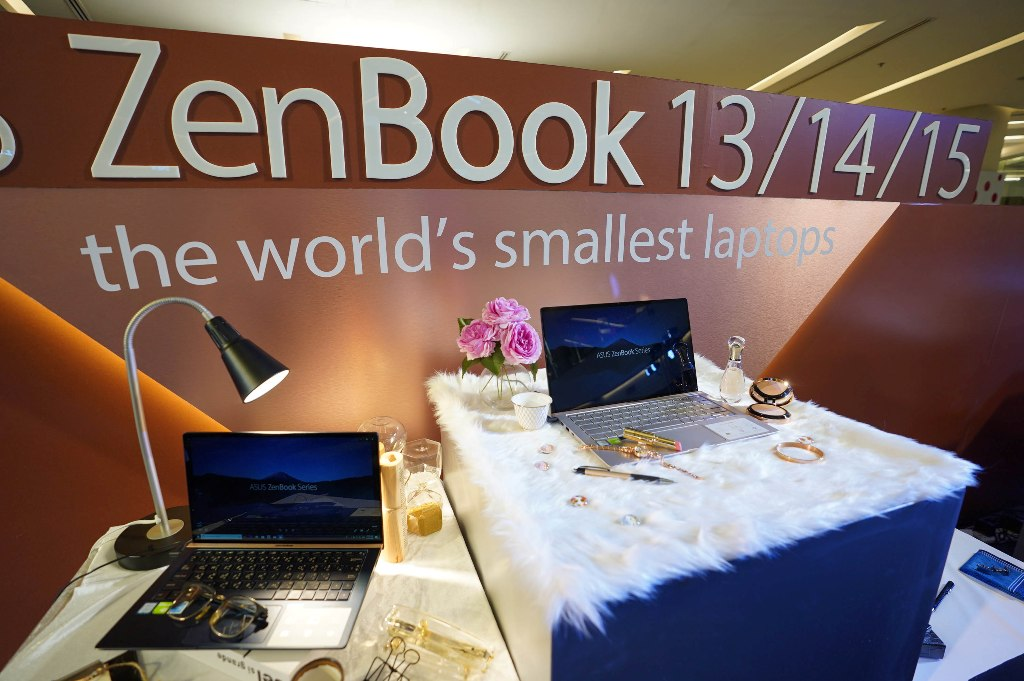 ASUS ZenBook Event 20