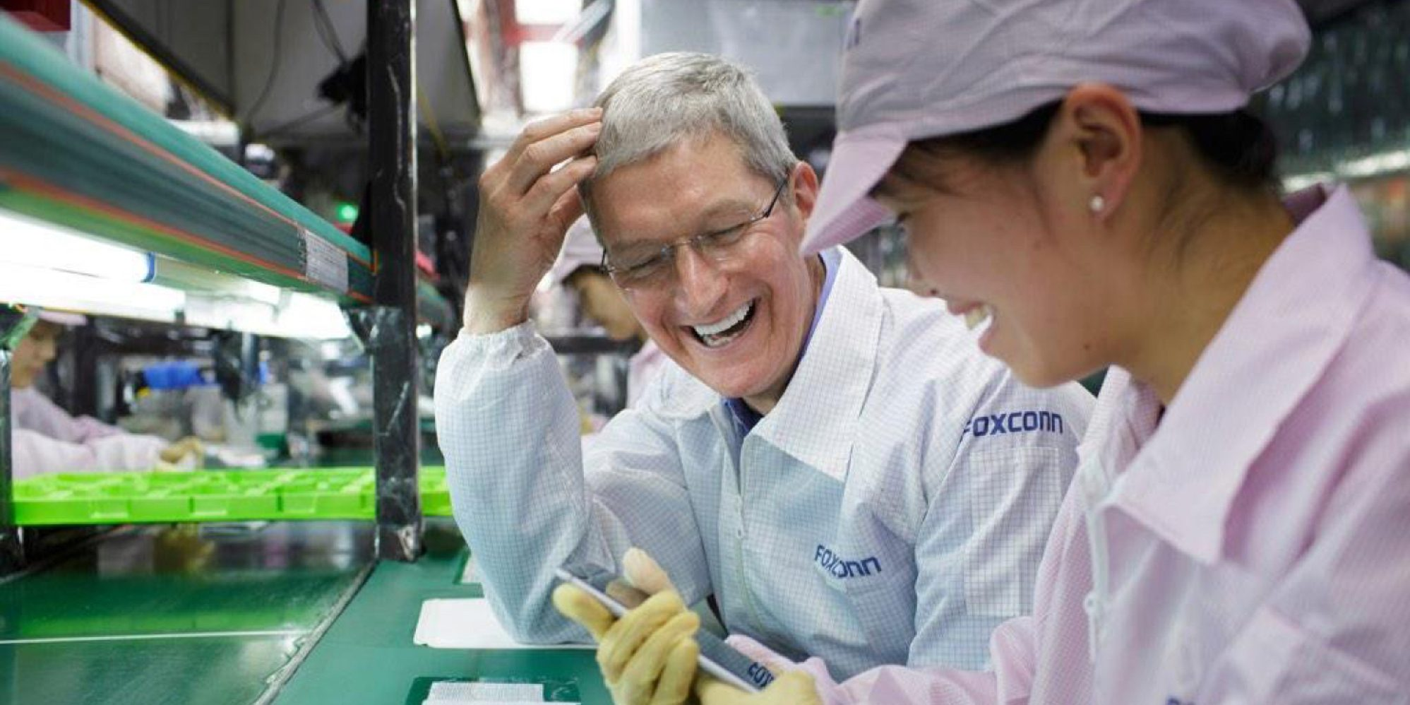 foxconn iphone tim cook us1
