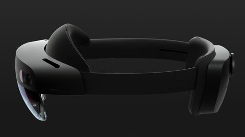 HoloLens23