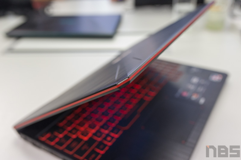 ASUS TUF FX505 DY AMD Gaming Notebook Preview 37
