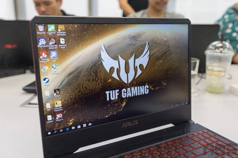 ASUS TUF FX505 DY AMD Gaming Notebook Preview 5