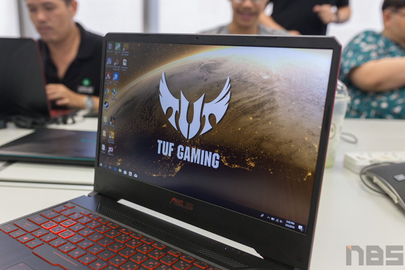 ASUS TUF FX505 DY AMD Gaming Notebook Preview 6