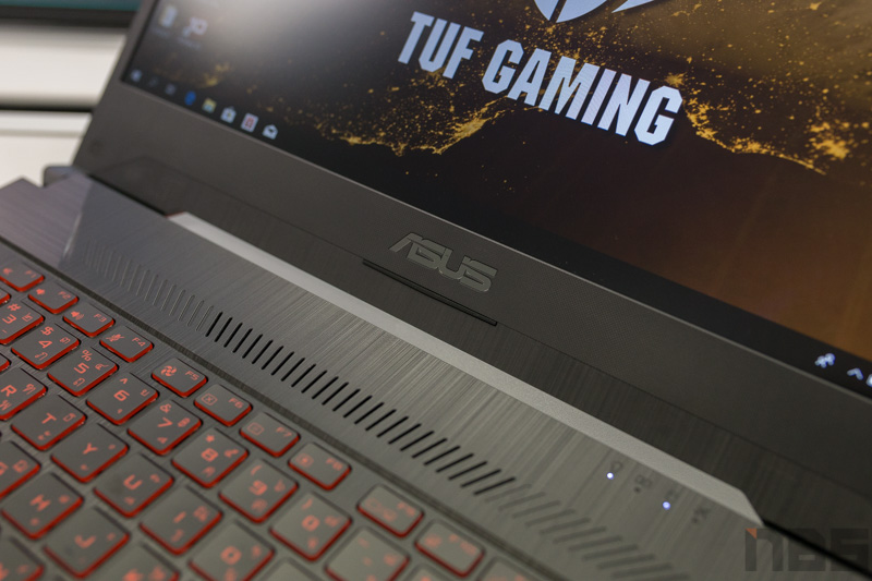 ASUS TUF FX505 DY AMD Gaming Notebook Preview 7