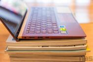 ASUS ZenBook UX333 Red Review 31