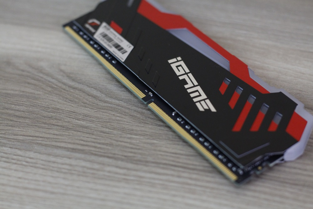 Color iGame DDR4 12
